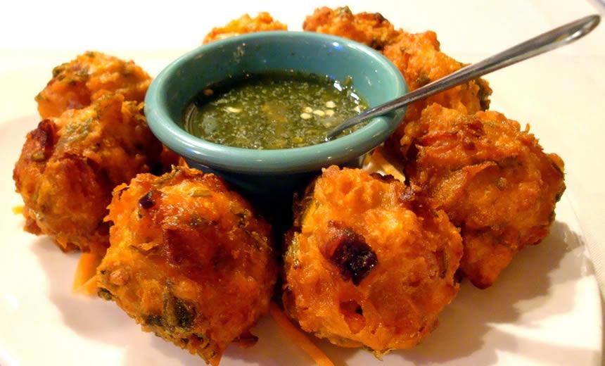 Shrimp pakoras recipe at pakirecipes