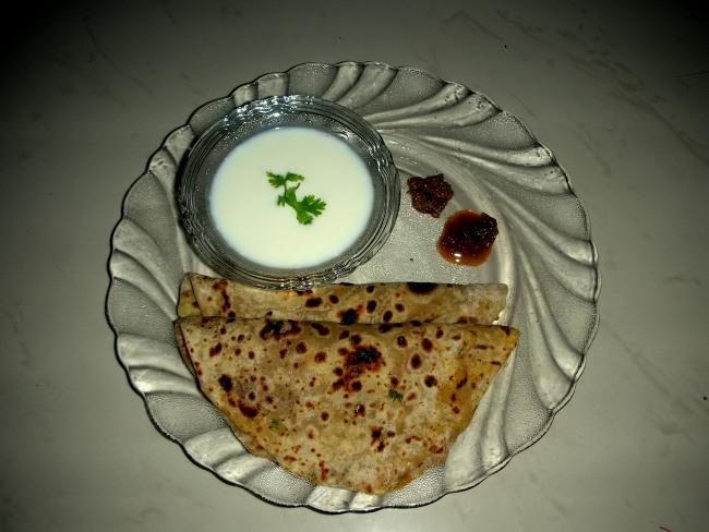 Aloo paratha recipe at pakirecipes aloo paratha at pakirecipes forumfinder Image collections