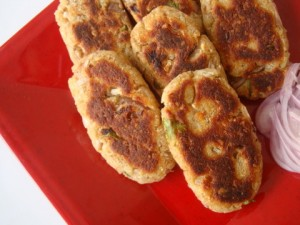Potato Cheese Cutlets at PakiRecipes.com