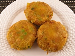 Potato Cutlet In Green Masala