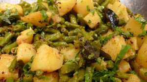 Potato With Green Beans at PakiRecipes.com