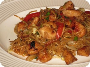 Chicken Chow Mein at PakiRecipes.com