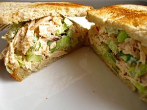 Shredded Chicken Sandwiches at PakiRecipes.com