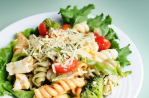 Simple Pasta Salad at PakiRecipes.com