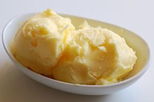 Makhan (Homemade Butter) at PakiRecipes.com