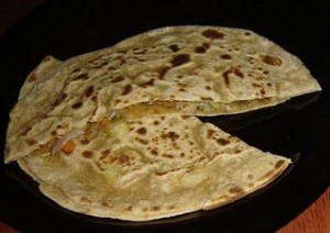 Yamni Paratha at PakiRecipes.com