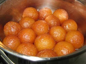 Easy Gulab Jaman at PakiRecipes.com