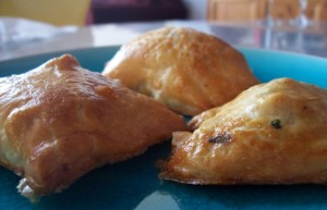 Easy Samosa at PakiRecipes.com