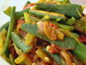 Bhindi Batata at PakiRecipes.com