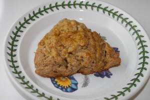 Cinnamon Raisin Scones at PakiRecipes.com