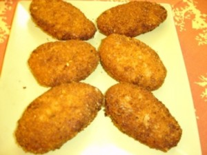 Creamy Qeema Cutlets at PakiRecipes.com