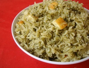 Palak (Spinach) Rice at PakiRecipes.com