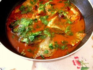 Khattai Wali Machchi Curry at PakiRecipes.com